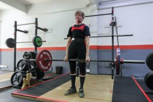 deadlift, active ageing, barbell training, powerlifting, strength training