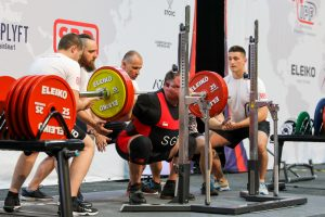 squat, powerlifting, strength training, active ageing, silver generation