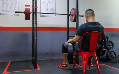 How long should I rest between sets? Take the time for proper recovery and faster progress